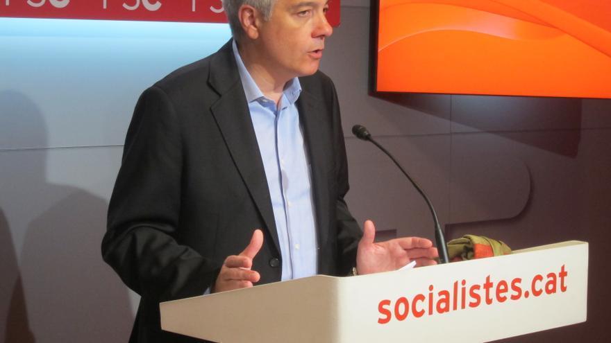Pere Navarro empieza en el Congreso su ronda para explicar la reforma constitucional del PSC