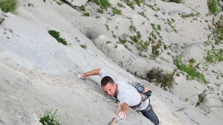 Jesús Ibarz durante la última edición del Climbers Meeting de Plakenika (© Rafa Vadillo).