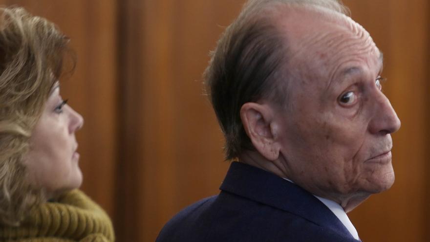 La acusación particular pide 14 años de cárcel y seis millones a Lopera por su gestión del Betis