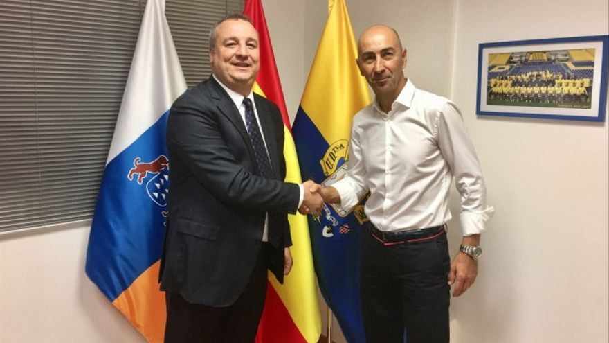 Pako Ayestarán con Miguel Ángel Ramírez