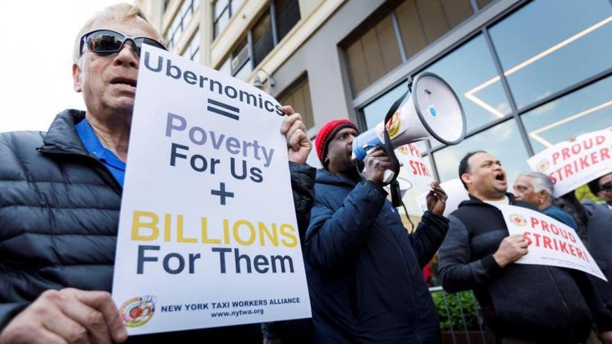 Conductores de Uber protestan por mejores condiciones de trabajo en Brasil
