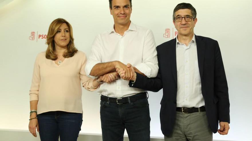 Susana Díaz, Pedro Sánchez y Patxi López, tras el recuento en las primarias del PSOE.