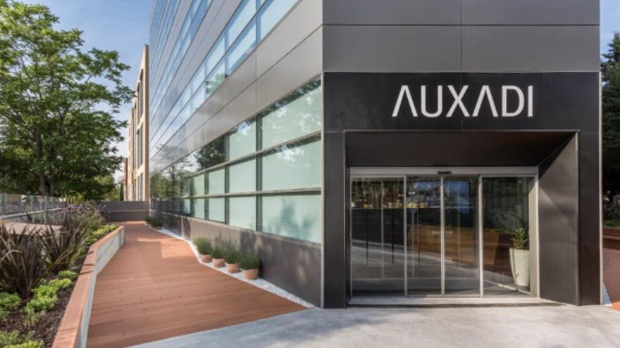 Oficina de Auxadi, compañía que ofrece soluciones flexibles de contabilidad, impuestos y nómina.