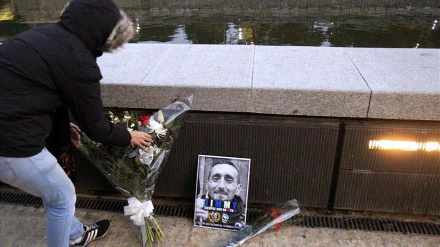 Unas cien personas recuerdan en Madrid a Jimmy, el ultra fallecido