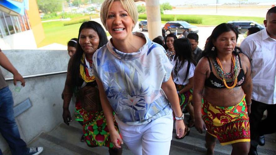 La mujer, esencial en la lucha contra el VIH, según la primera dama de Panamá