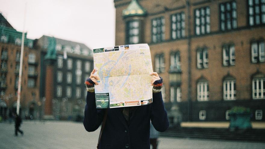 Abandonar los mapas físicos y no prestar atención al entorno puede estar afectando a nuestro cerebro