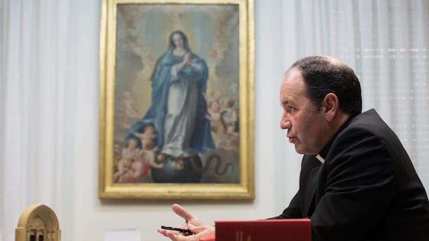 El obispo de Vitoria aboga por que la Iglesia vasca abra cauces para la paz