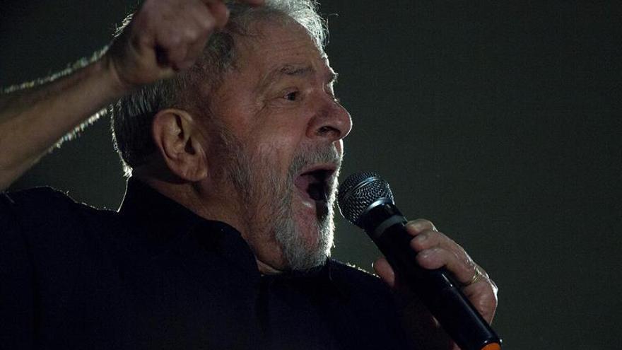 """Lula afirma que está """"preparado"""" y """"dispuesto"""" a ser candidato en 2018"""