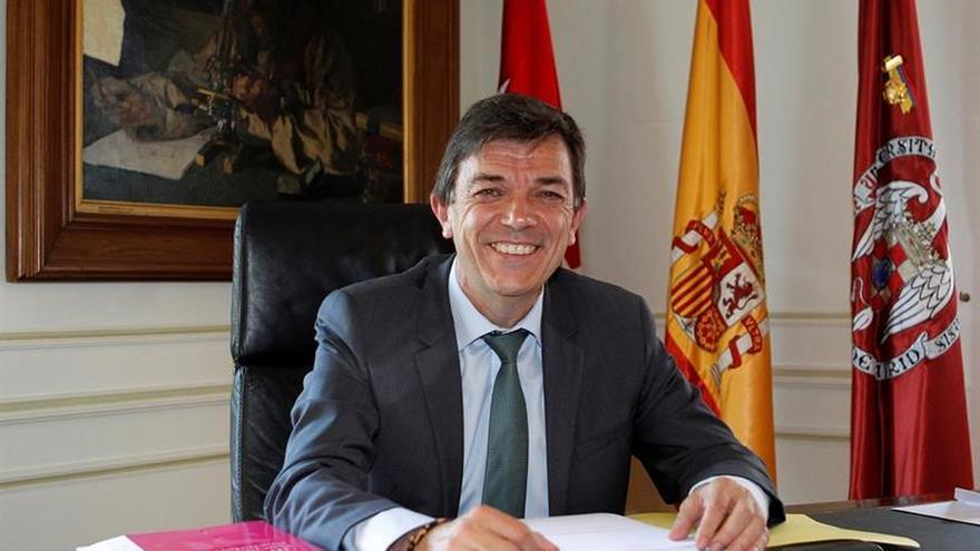 """El rector de la UCM pide """"situar las tasas de másteres igual que las de grados"""""""