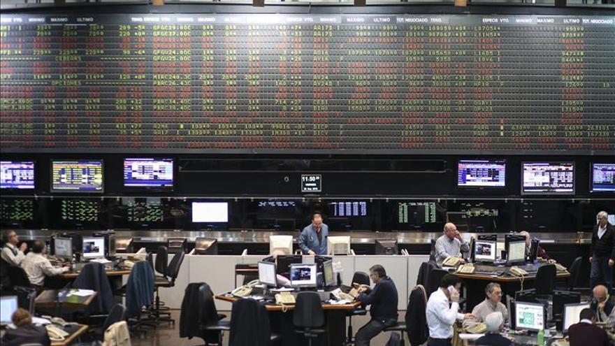 Las bolsas de América Latina anotan ganancias tras un día de repuntes en Wall Street
