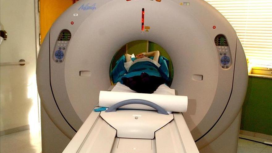 Sanitarios denuncian falta de equidad entre las CCAA en tratamientos de cáncer