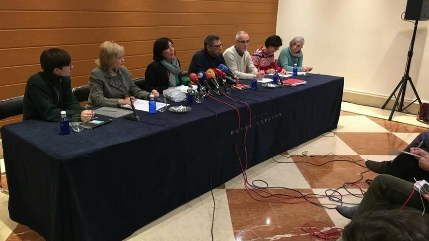 Adostuz y ELA, LAB, Steilas, UGT y CCOO piden el levantamiento de la suspensión de las jubilaciones anticipadas
