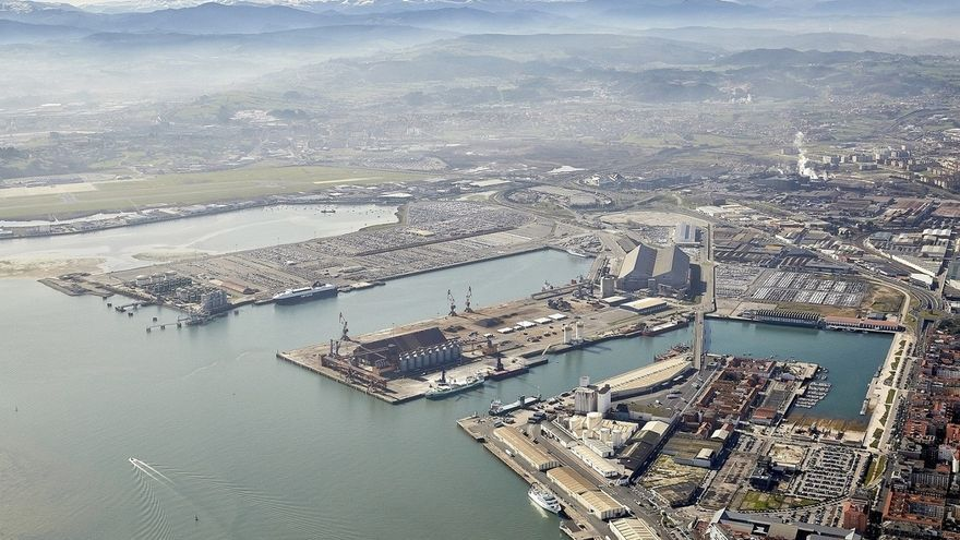 Transportes rectifica y permite reservas de pasajeros en el Puerto de Santander