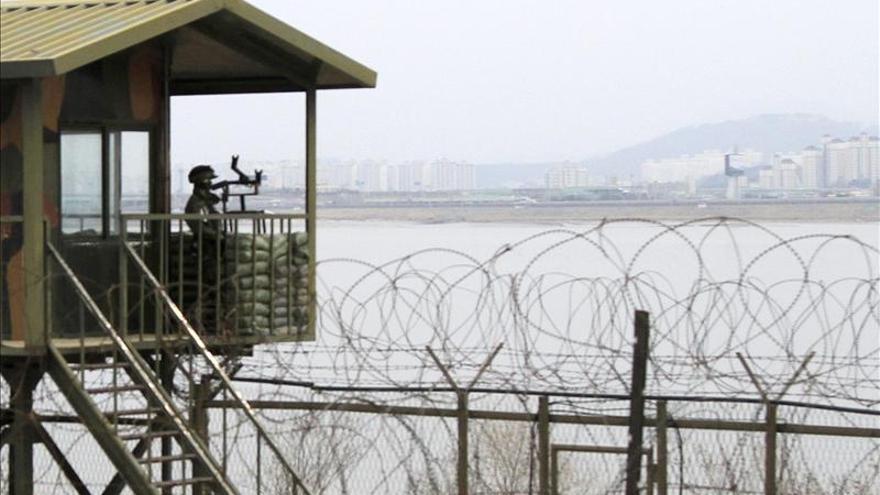 """La presidenta surcoreana ordena """"responder con fuerza"""" en caso de ataque del Norte"""
