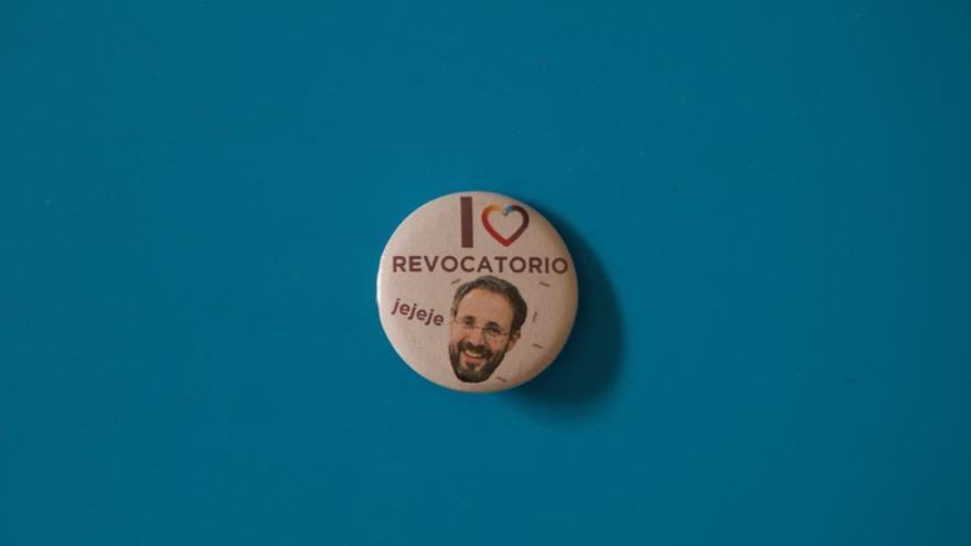 Pin contra la revocación del CCM de Granada.