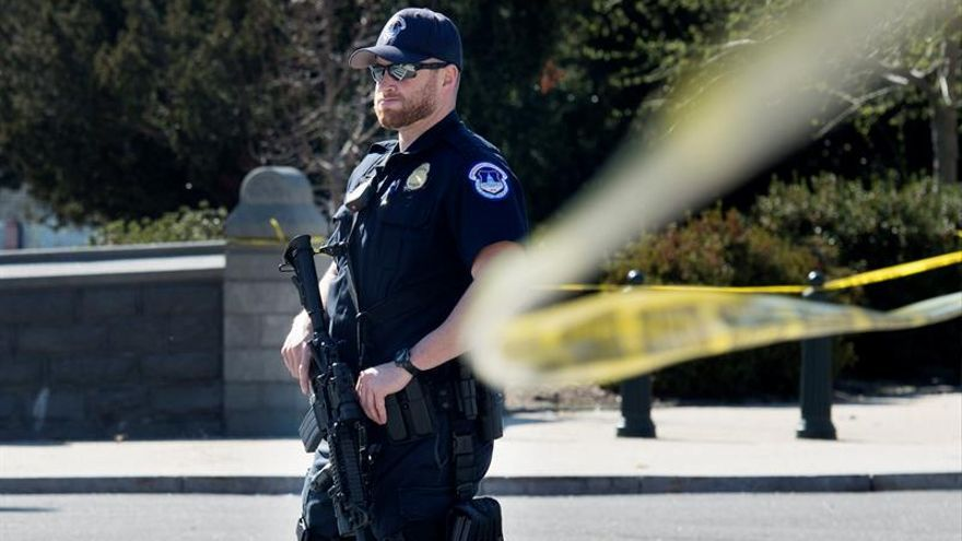 Varias personas muertas en una iglesia de Texas tras un tiroteo