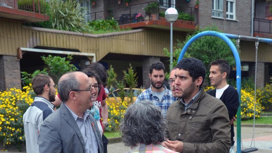 """Izagirre reivindica invertir en los barrios porque son """"la base para una ciudad alegre y comprometida"""""""