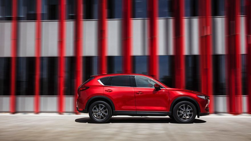 El todocamino de Mazda, persiguiendo el concepto 'Jinba ittai', concentra cambios en el puesto de conducción.