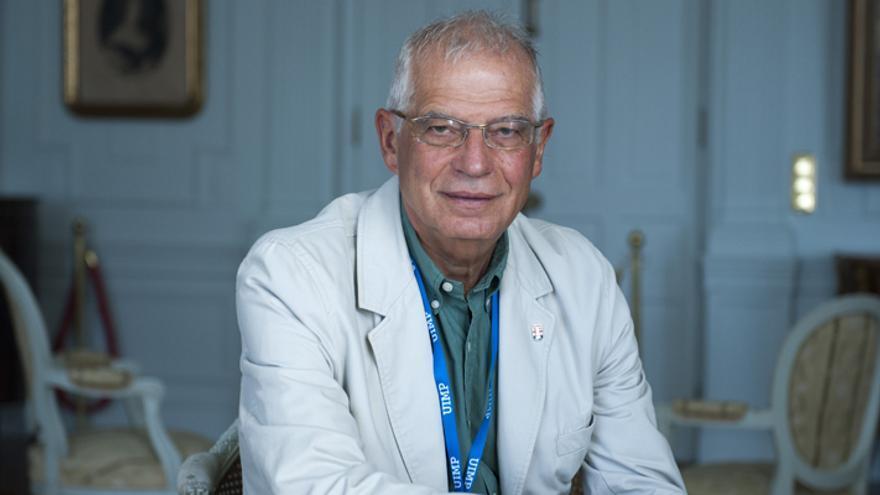 Josep Borrell durante una de sus participaciones en la UIMP   PABLO HOJAS