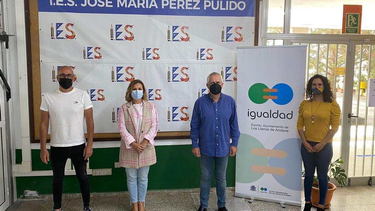 Presentación del taller de Igualdad en el IES José María Pérez Pulido.