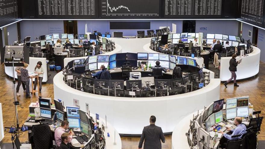 La Bolsa de Fráncfort baja un 1,09 % en la apertura