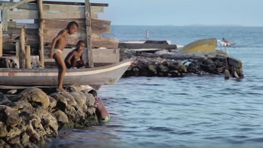 Fotograma de la película 'Aislados'