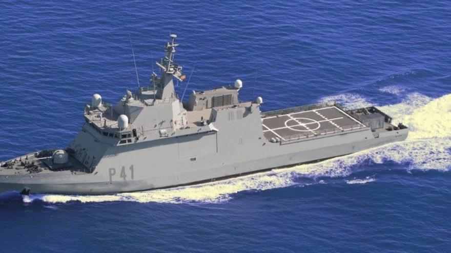 El buque de acción marítima 'Meteoro' realiza una escala logística en La Palma
