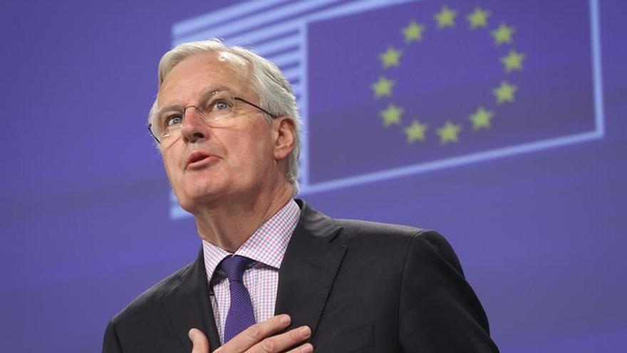 Juncker nombra a Michel Barnier para negociar la salida británica de la UE