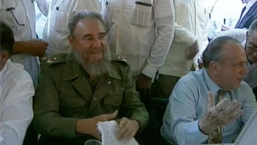 Fidel Castro con Manuel Fraga en Láncara (Lugo) en una imagen del documental realizado en 2013