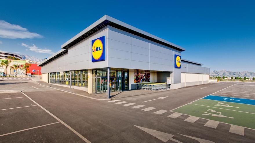 Lidl no repercutirá la subida del IVA en el precio de sus productos y anuncia descuentos del 21%