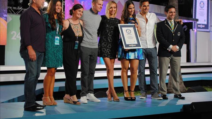 Miami Beach rompe el récord Guinness con un desfile de moda de 24 horas