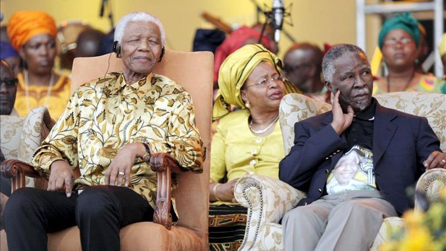 """El expresidente sudafricano Mbeki dice que """"la muerte de Mandela es el final de una era"""""""