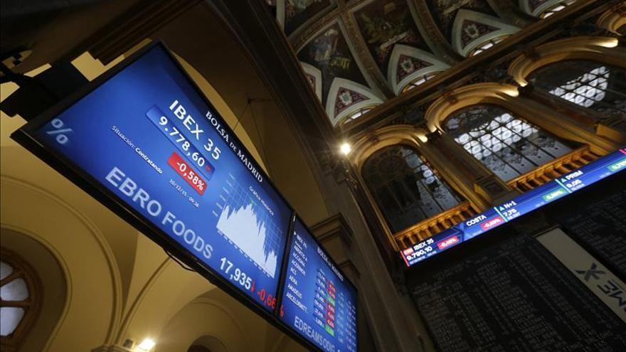 La prima de riesgo de España cae a 104 puntos básicos en la apertura