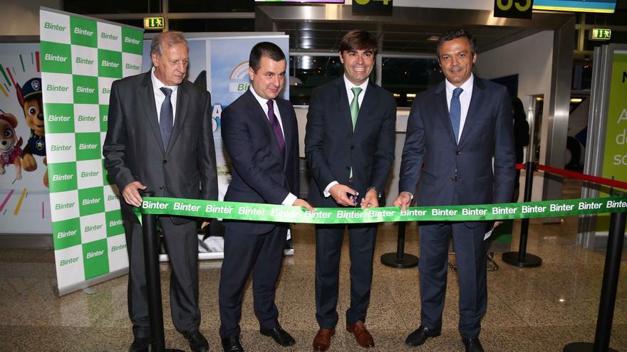 Inauguración de la conexión aérea entre Madeira y Porto Santo.