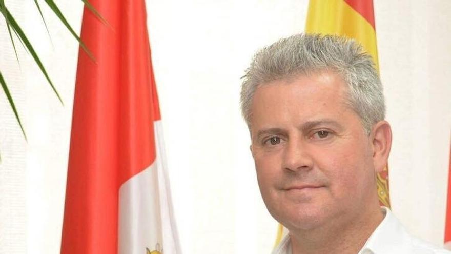 Narciso Romero (PSOE), reelegido alcalde de San Sebastián de los Reyes (Madrid) ante la falta de acuerdo de PP, Cs y Vox