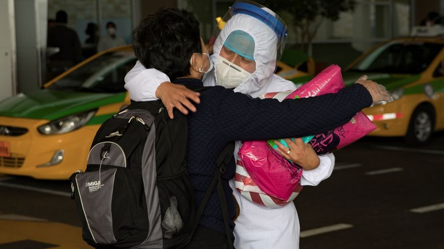 Ecuador se encuentra desde principios del mes pasado en una fase de desescalada de las restricciones, de acuerdo a un semáforo epidemiológico cuya luz determinan las autoridades.