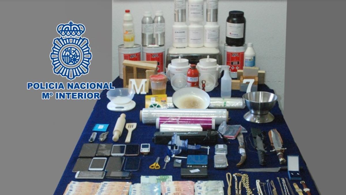 Parte del material intervenido por la Policía Nacional