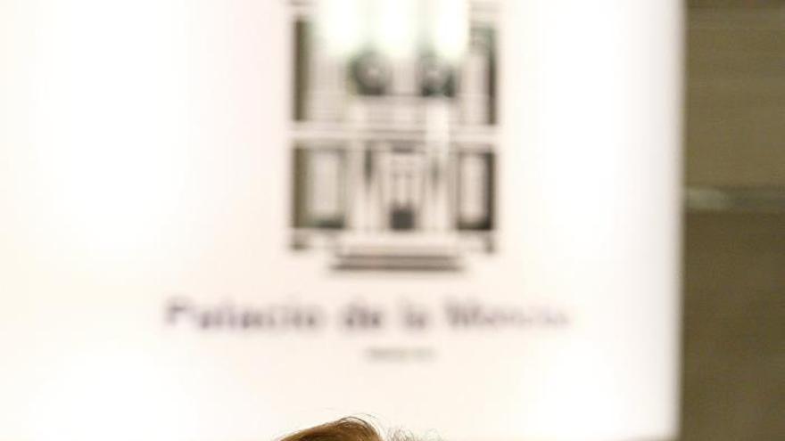 Sáenz de Santamaría, dispuesta a fortalecer el entendimiento sobre el aborto