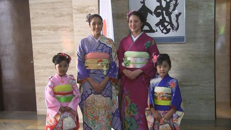 Paraguay y Japón celebran sus 100 años de relaciones homenajeando al kimono
