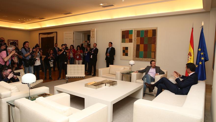 Pedro Sánchez y Pablo Iglesias en su reunión en Moncloa la semana pasada.
