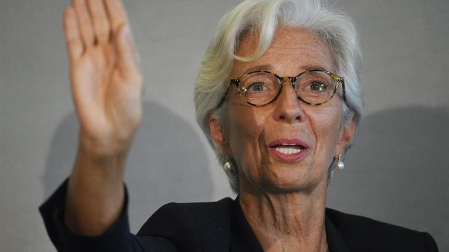 """Lagarde critica a Ucrania por """"marcha atrás"""" en la lucha contra la corrupción"""