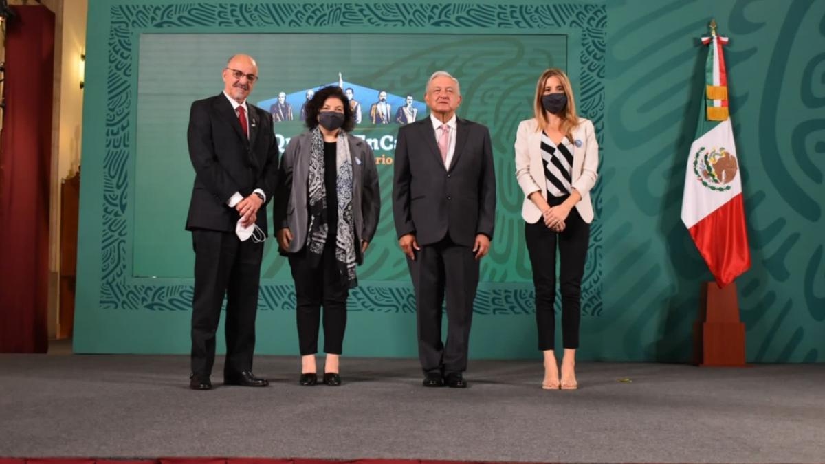 Carlos Tomada, Carla Vizzotti, Andrés Manuel López Obrador y Cecilia Nicolini.