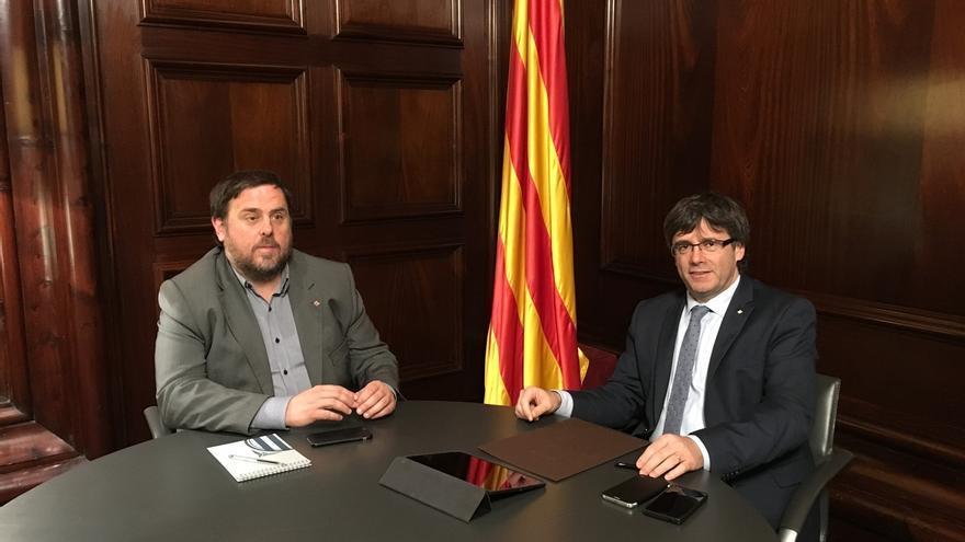 """Puigdemont y Junqueras proponen a Rajoy un """"referéndum acordado"""" como el escocés"""