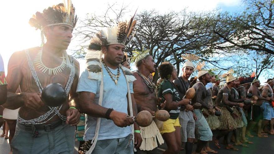 Indios desocupan las obras de una hidroeléctrica en Brasil tras 4 días de protesta