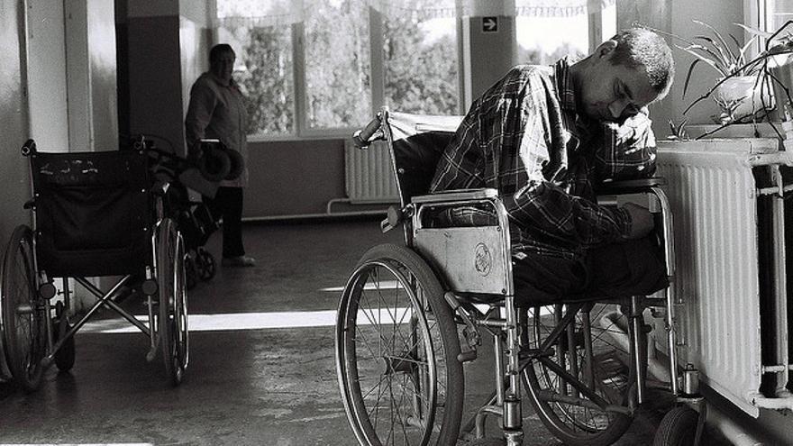 Discapacitado pobre en una residencia -- By Sara Lafleur-Vetter @ flickr