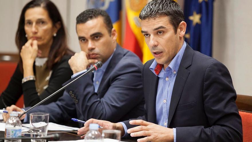 Narvay Quintero, consejero de Agricultura, y Abel Morales, viceconsejero del Sector Primario