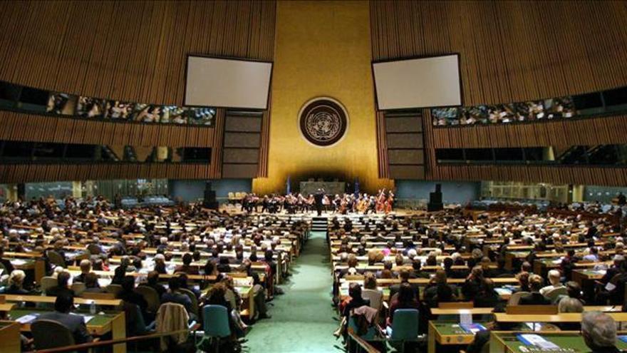 La Asamblea General de la ONU condena al régimen de Al Assad y apoya a los rebeldes sirios