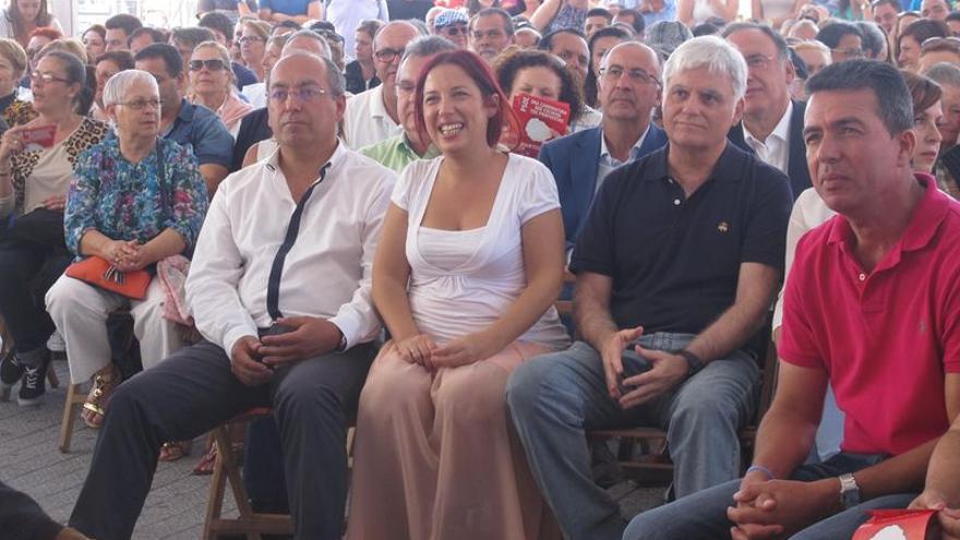Hernández junto a Julio Cruz y José Miguel Pérez este viernes en La Gomera