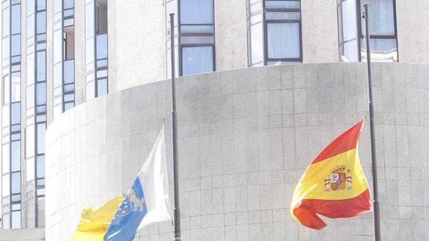 De las banderas a media asta #5