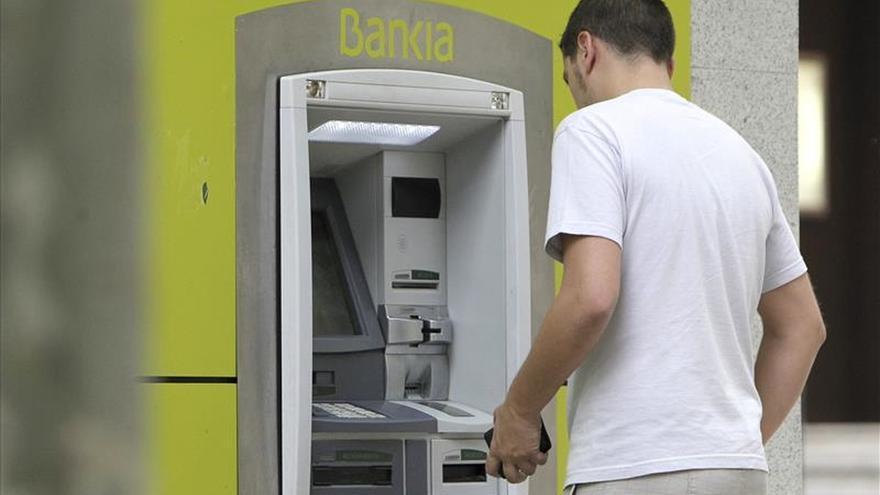 Abanca facilita retirar dinero gratis en la mayor red de cajeros de España